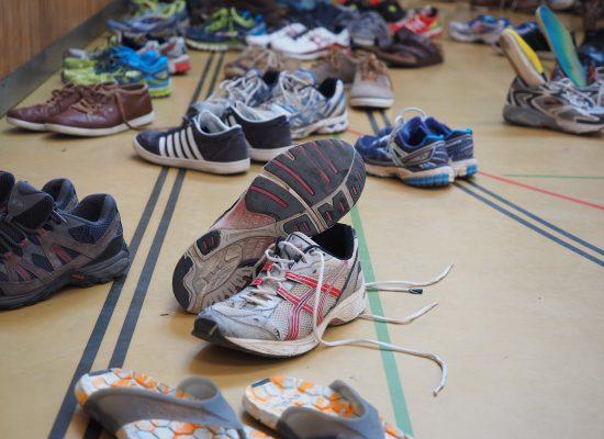 riciclare scarpe da corsa sport sostenibile