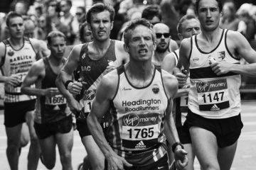 Bicchieri riciclabili alla maratona di Londra sport sostenibile